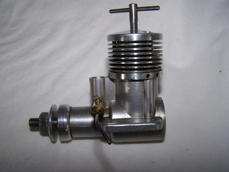 P A W 2.5 C/L model airplane diesel engine